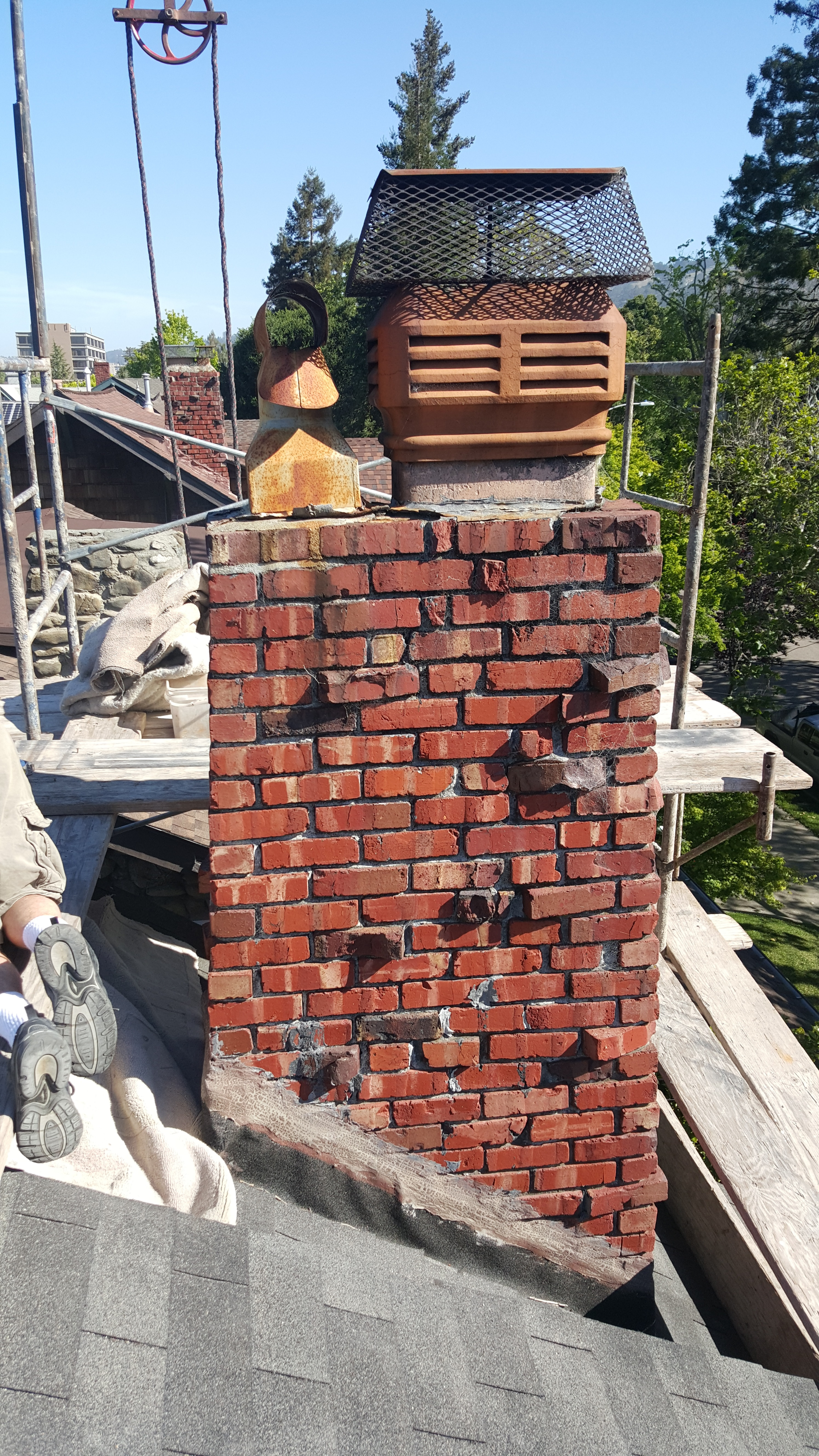 Straps For A Brick Chimney Chimney Pictures To Pin On